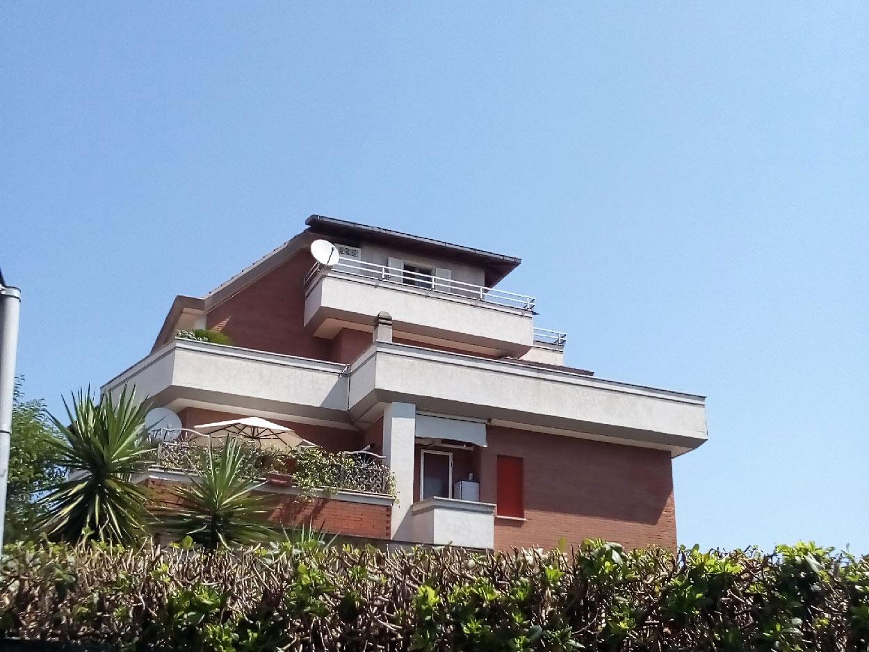 Panoramico attichetto con terrazzo